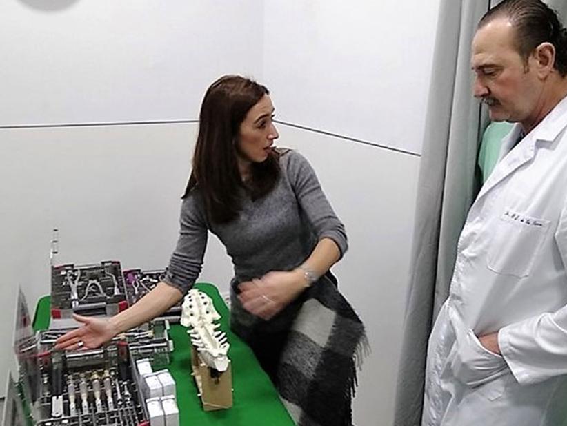 El Dr. Manuel de la Torre prueba en exclusiva una nueva plataforma pionera de B.Braun Surgical