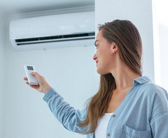Recomendaciones para cuidar la espalda del aire acondicionado