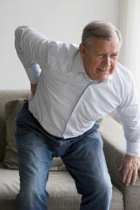 La osteoporosis es una enfermedad crónica y progresiva que se caracteriza por una disminución de la masa ósea