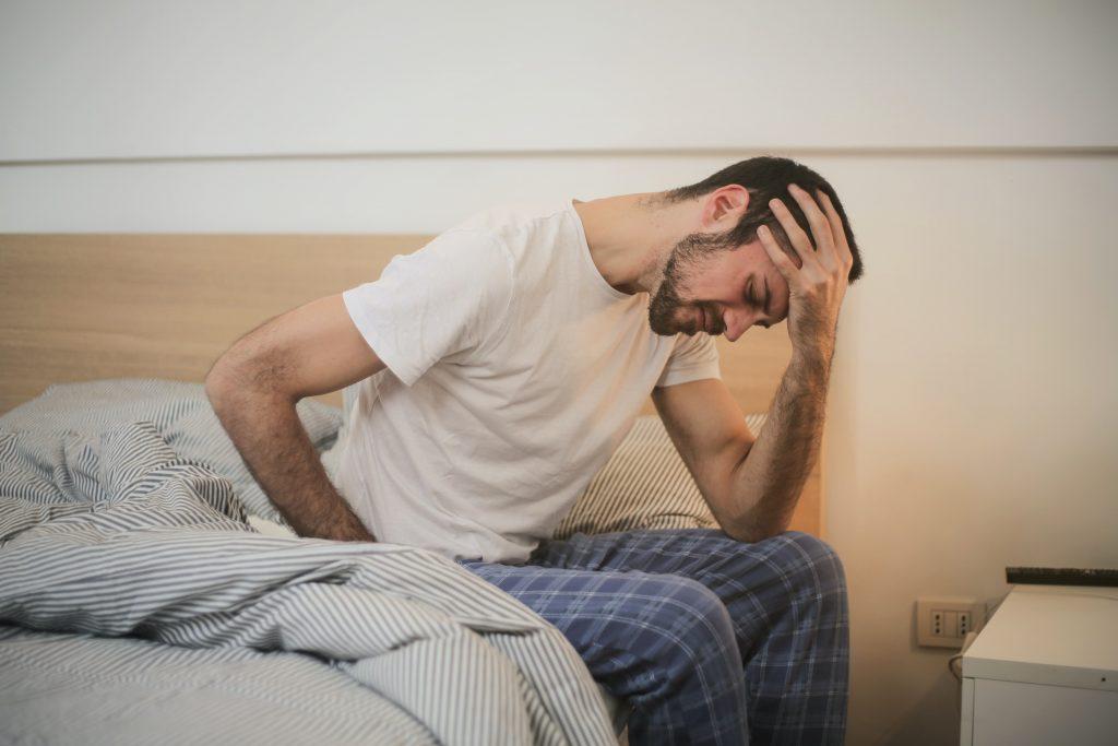El dolor crónico de cabeza, una de las causas principales para pedir cita con un neurocirujano
