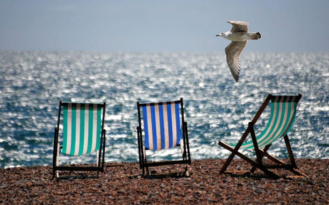 cómo cuidar la espalda en la playa